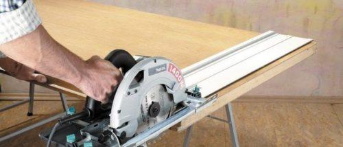 Как сделать направляющую для дисковой пилы своими руками