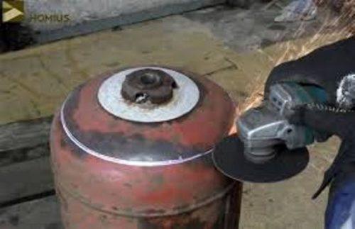 Как безопасно разрезать газовые баллоны с помощью болгарки