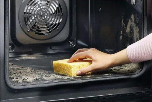 Чем отмыть духовку от старого пригоревшего жира: универсальные средства, советы для газовых и электроприборов