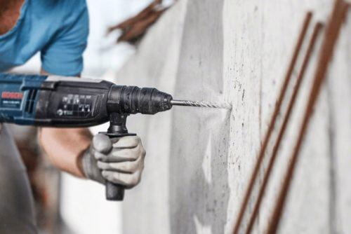 Как правильно сверлить стену из бетона с помощью дрели