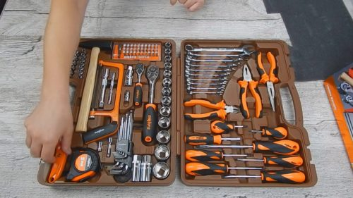 Наборы инструментов в чемоданчике — разновидности и критерии выбора