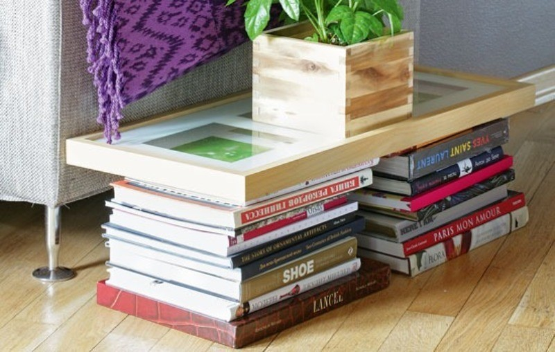 Стопка книг, журналов